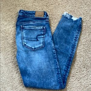 American eagle ankle jeans size 2